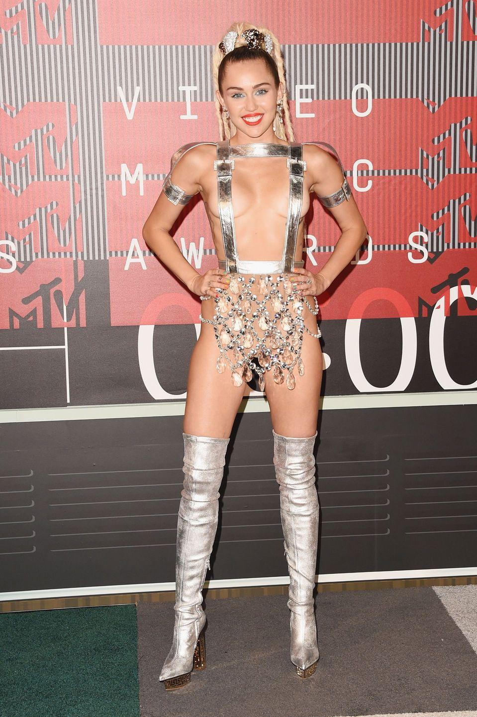 Miley-Cyrus-Sexy-100