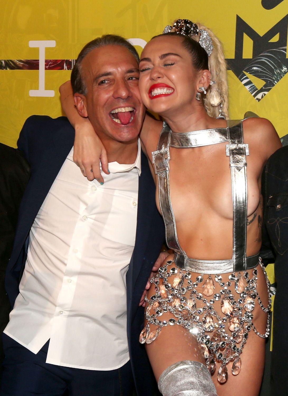Miley-Cyrus-Sexy-87