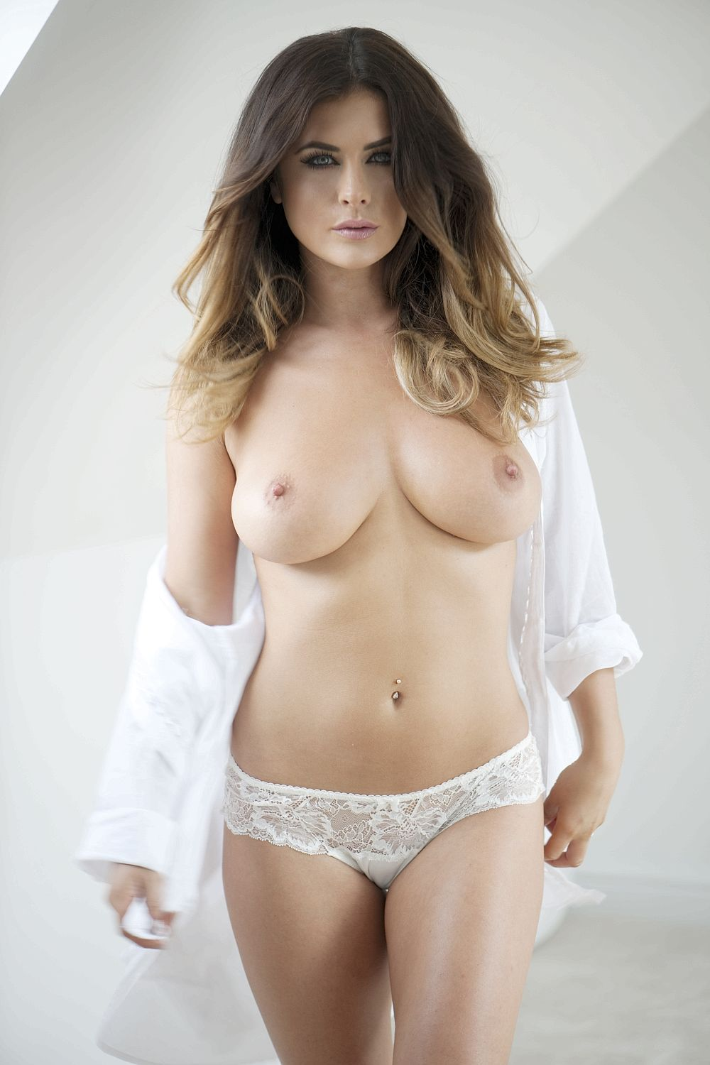 Kelly-Hall-Topless-11 (1)