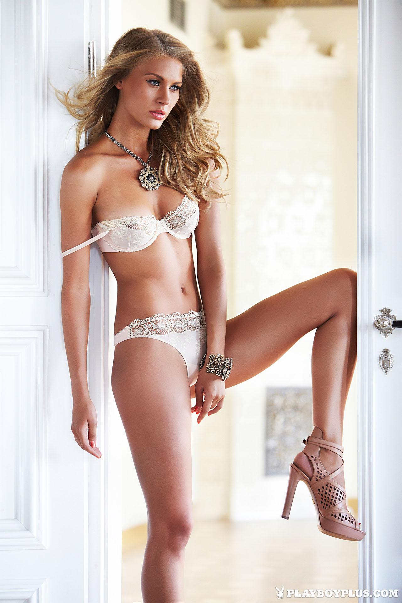 Simona Starkute topless photoshoot (3)