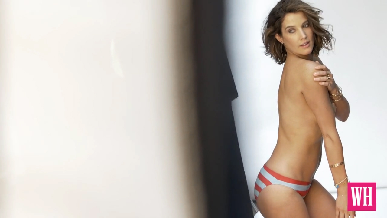 Cobie-Smulders-Topless-4