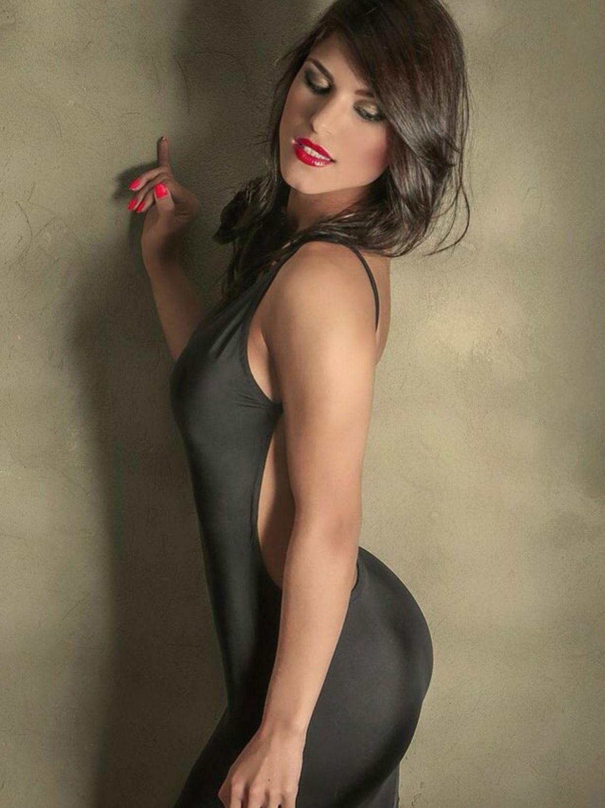 Jimena Garcia SXY mag (3)