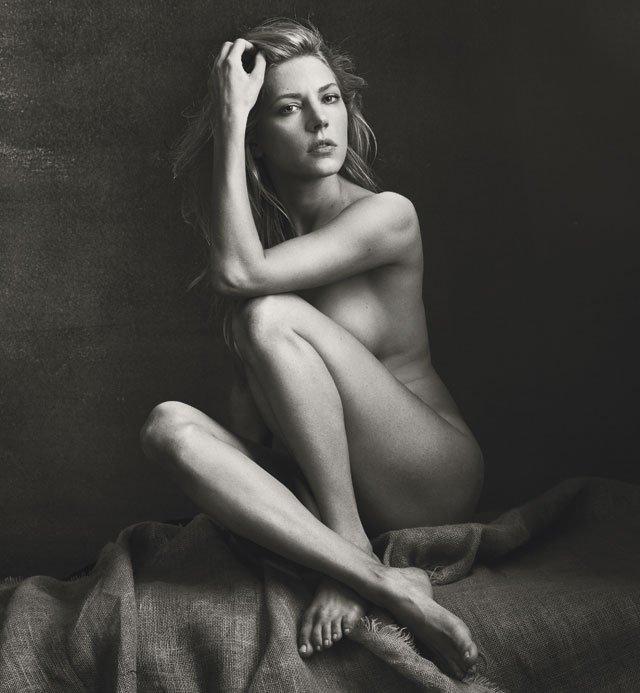 Katheryn-Winnick-Naked-01