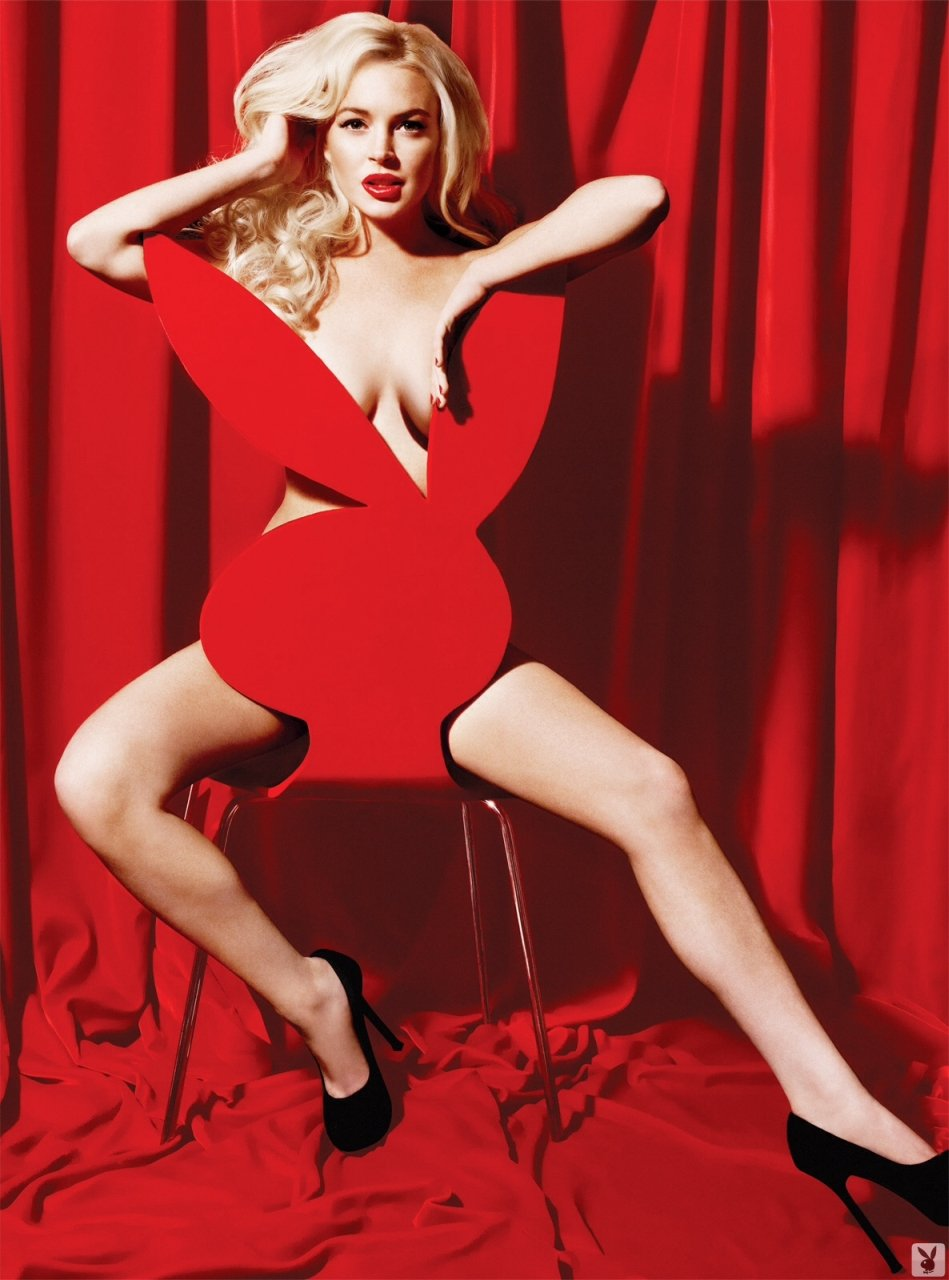 Lindsay-Lohan-Naked-03