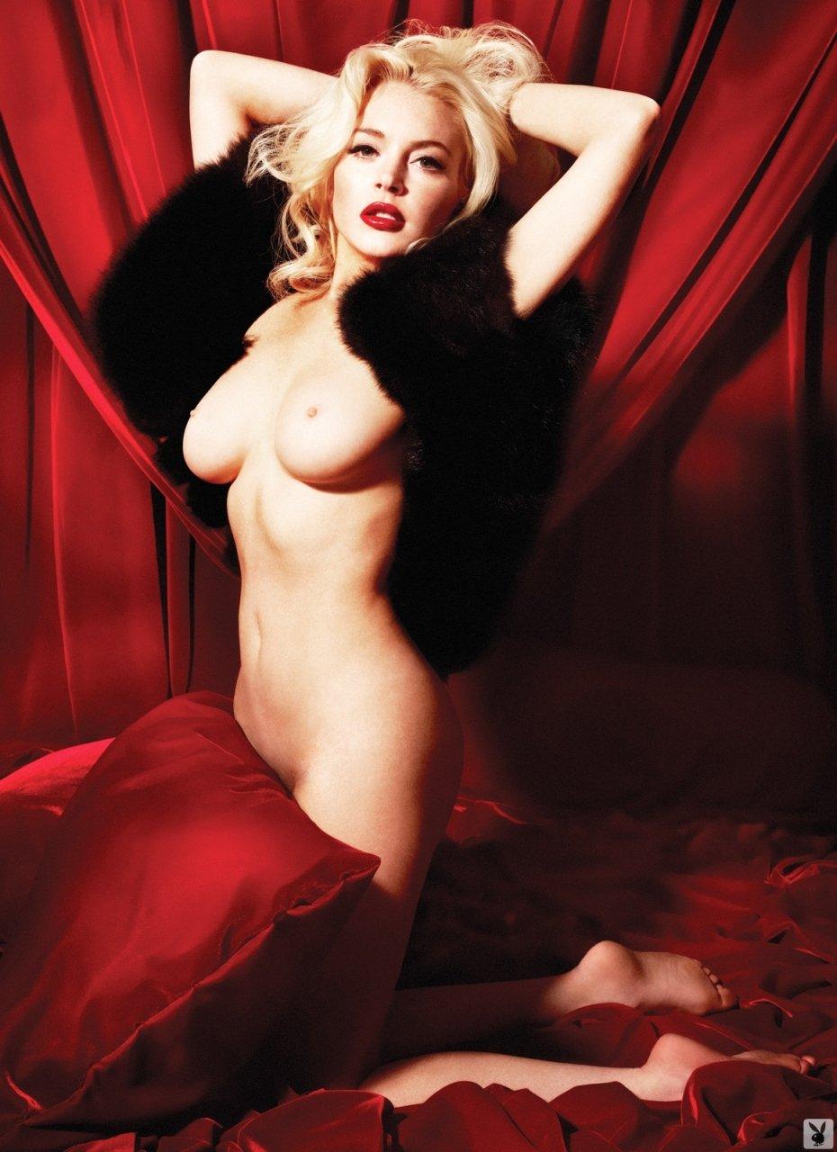 Lindsay-Lohan-Naked-09