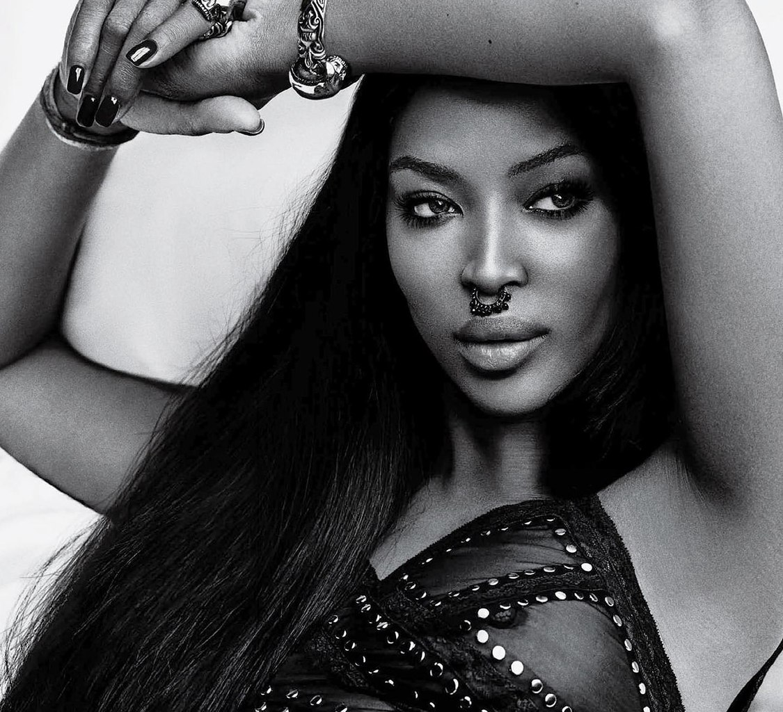 Naomi-Campbell-See-Through
