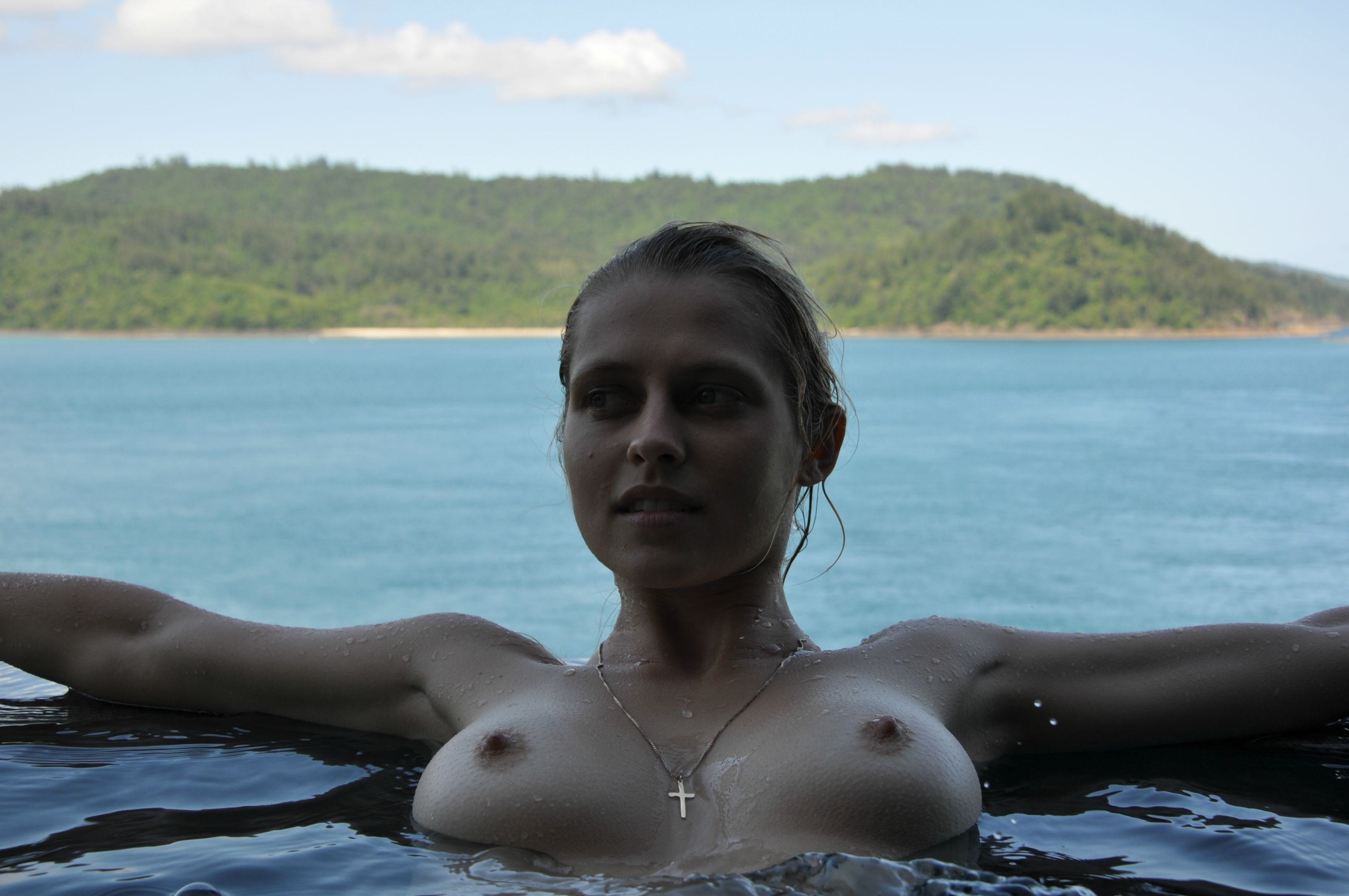 Teresa-Palmer-Naked-26