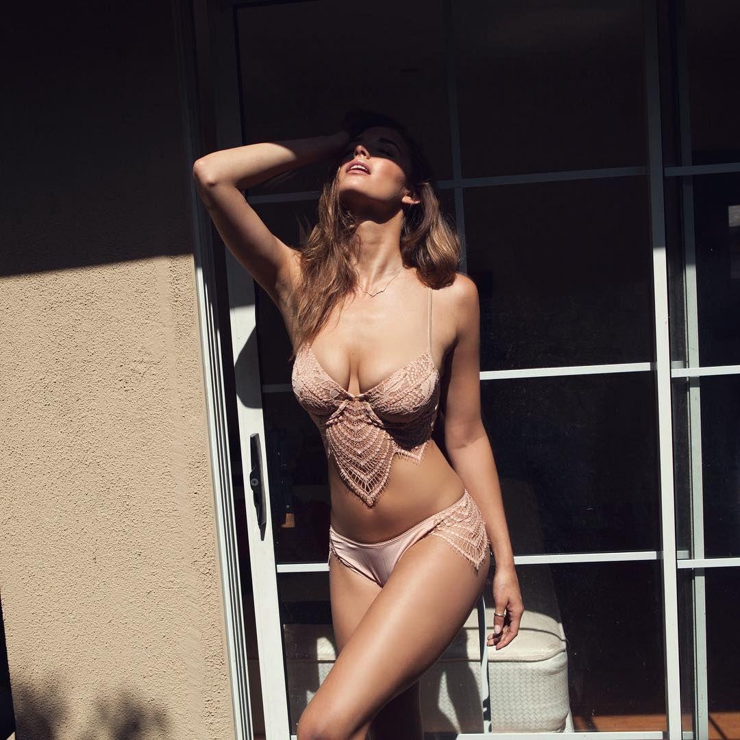 Alyssa-Arce-Topless-8