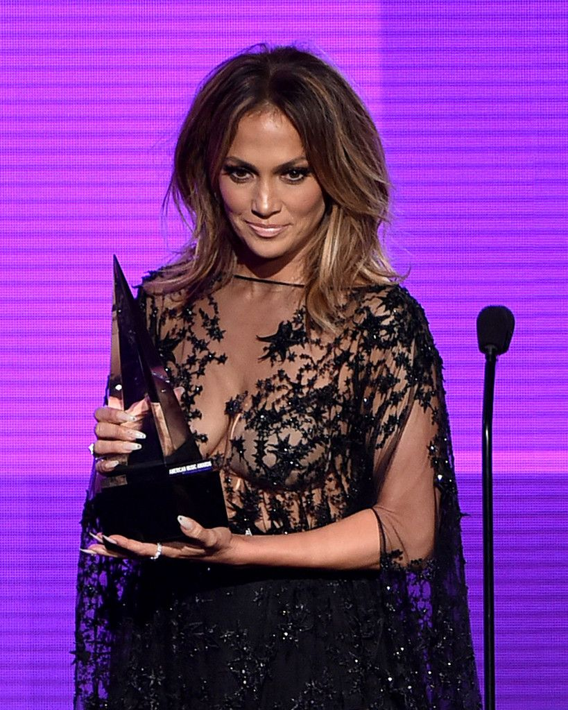 Jennifer-Lopez-Sexy-410