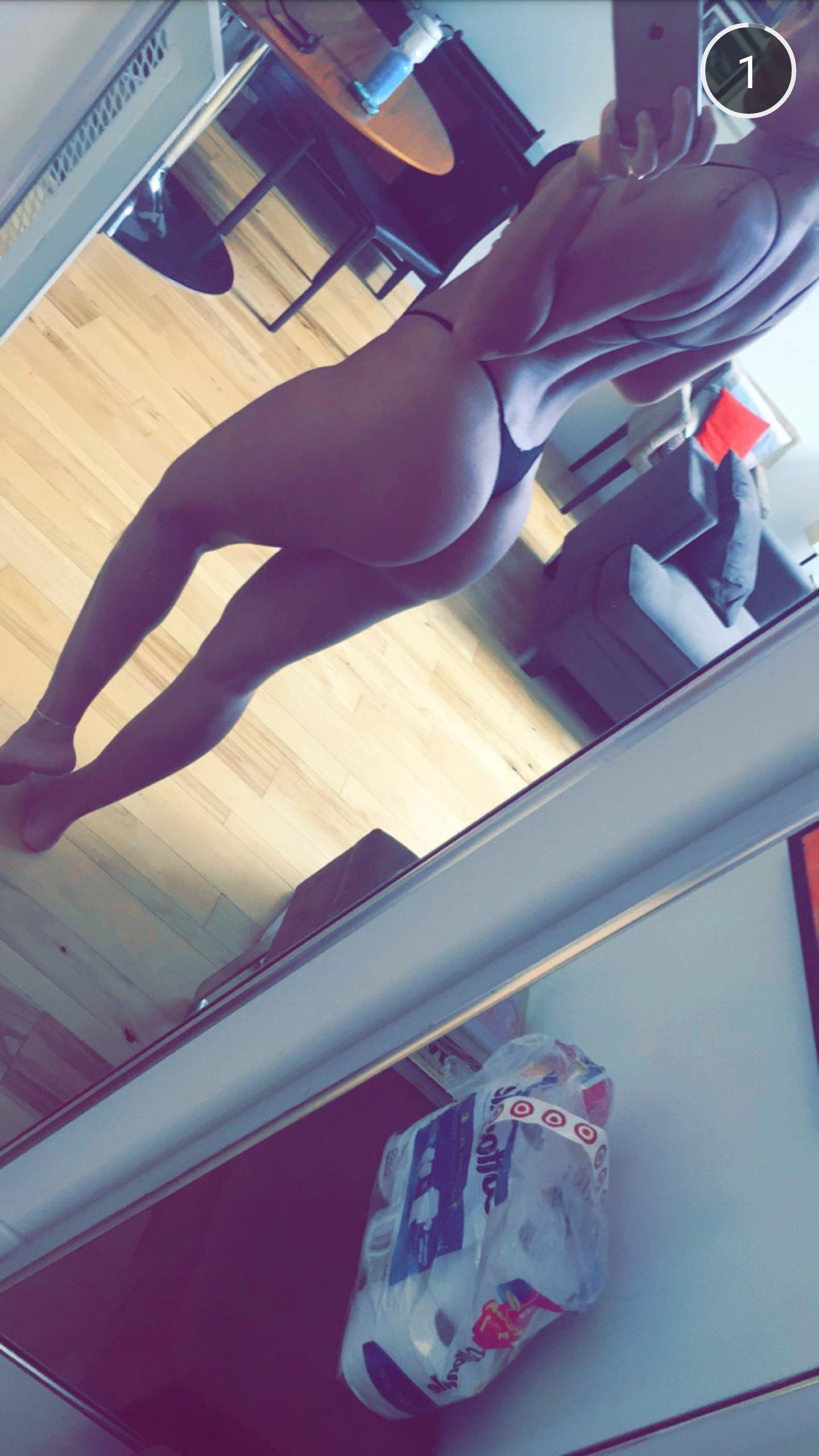 Niykee-Heaton-Thong-2