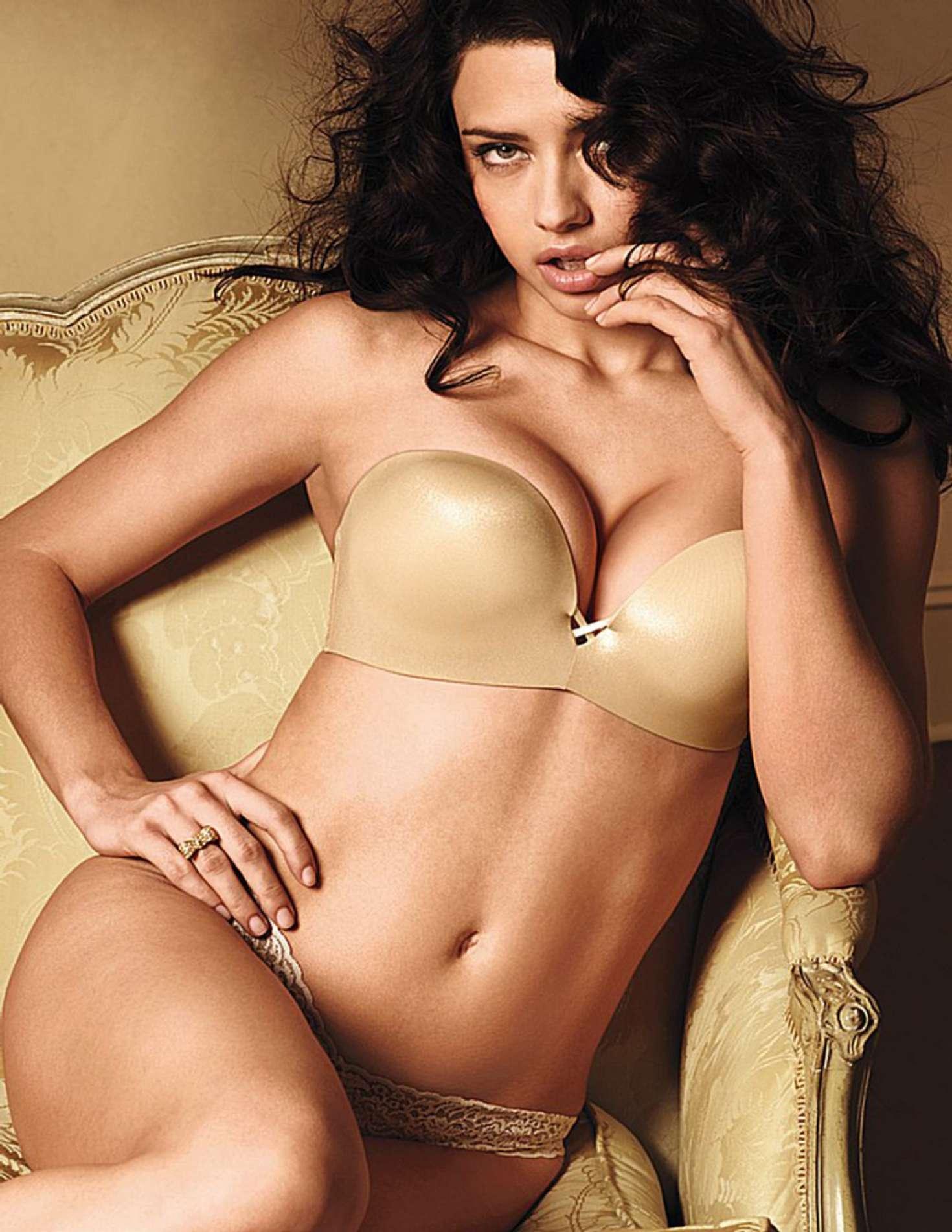 Adriana-Lima-Sexy-1