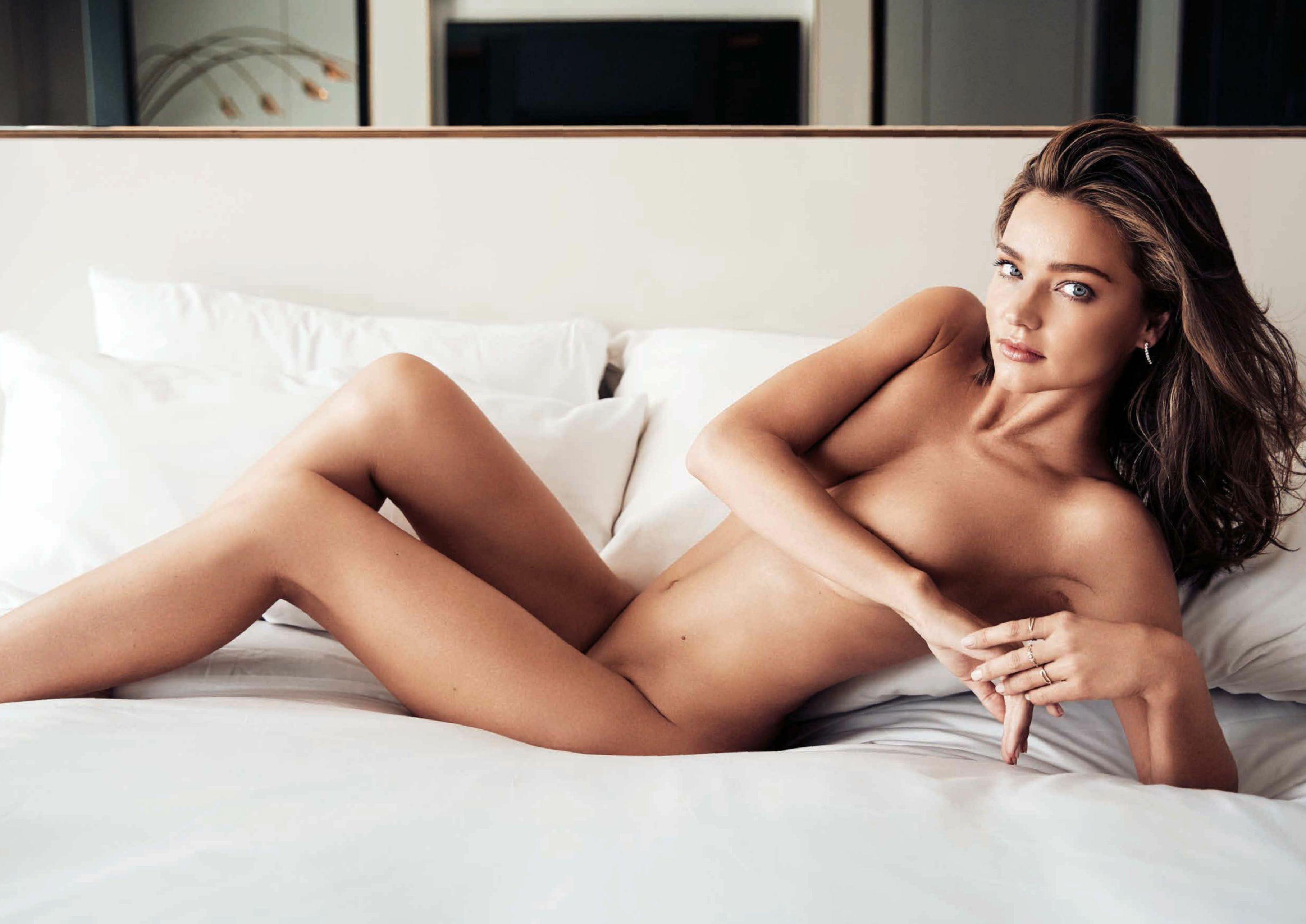 Miranda-Kerr-Sexy-2