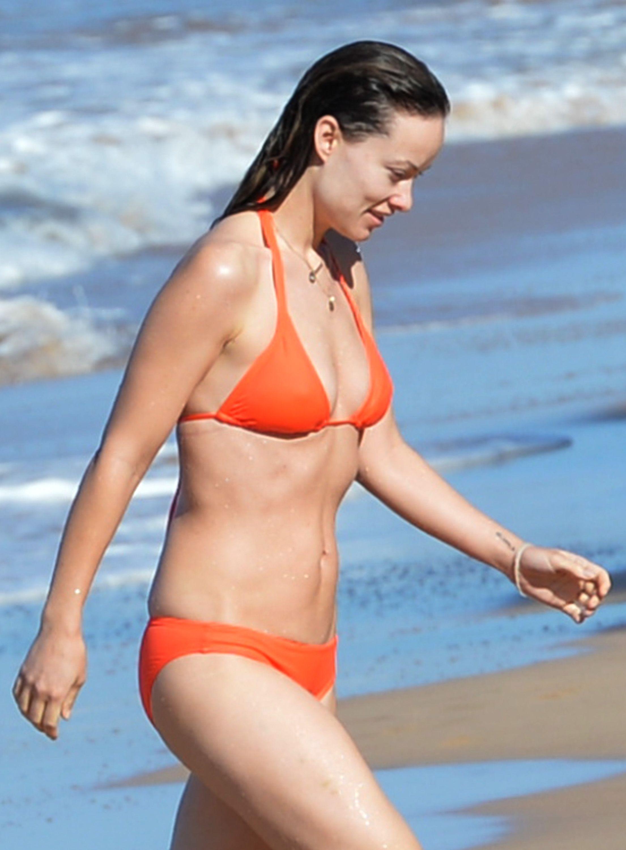 Olivia-Wilde-Bikini-4