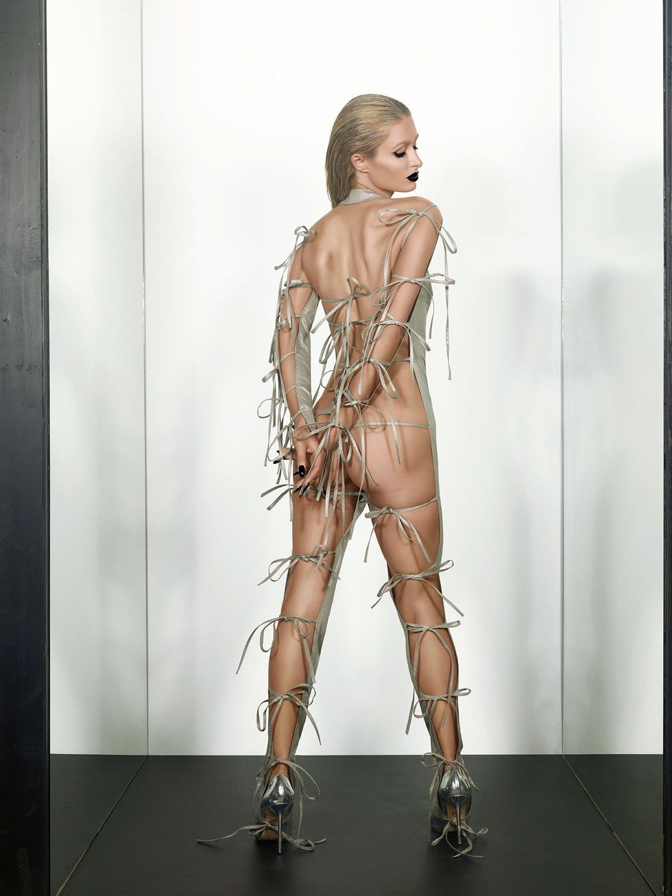Paris-Hilton-Sexy-3