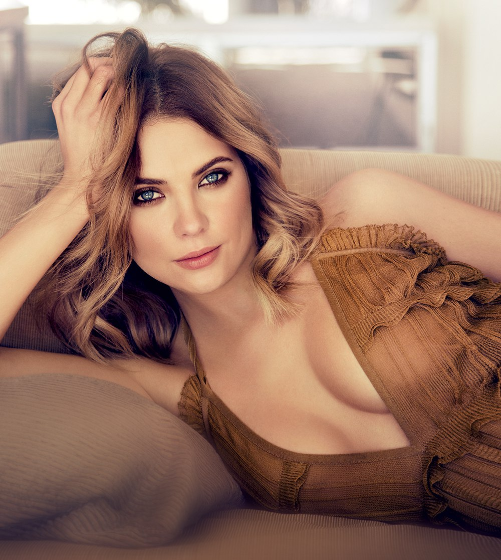 Ashley-Benson-Sexy-2