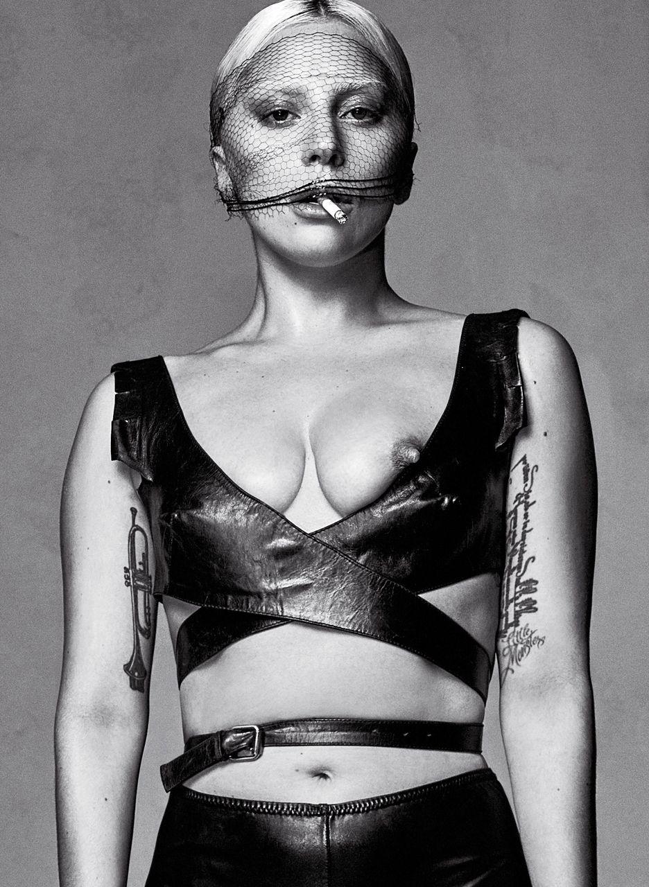 Lady-Gaga-Sexy-14