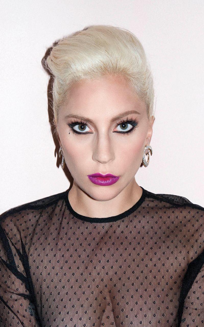 Lady-Gaga-Sexy-3