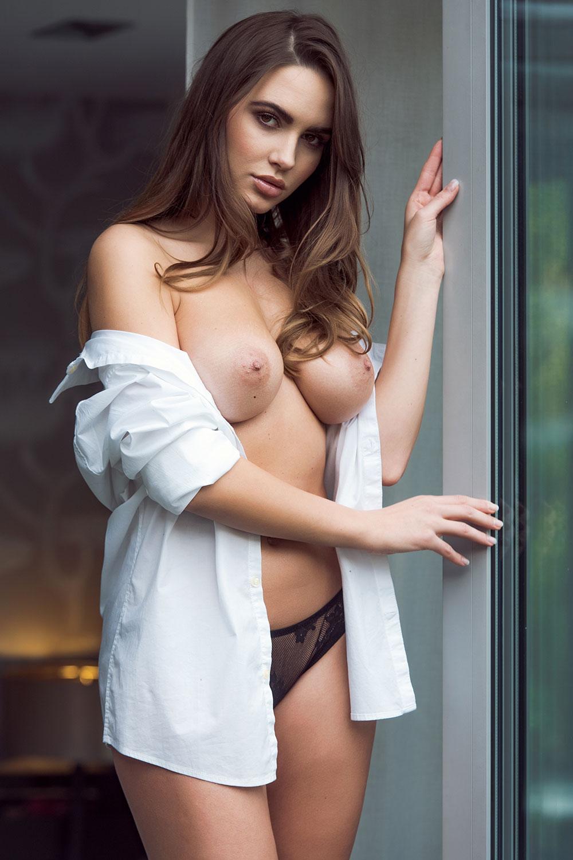 Sabine-Jemeljanova-Topless2