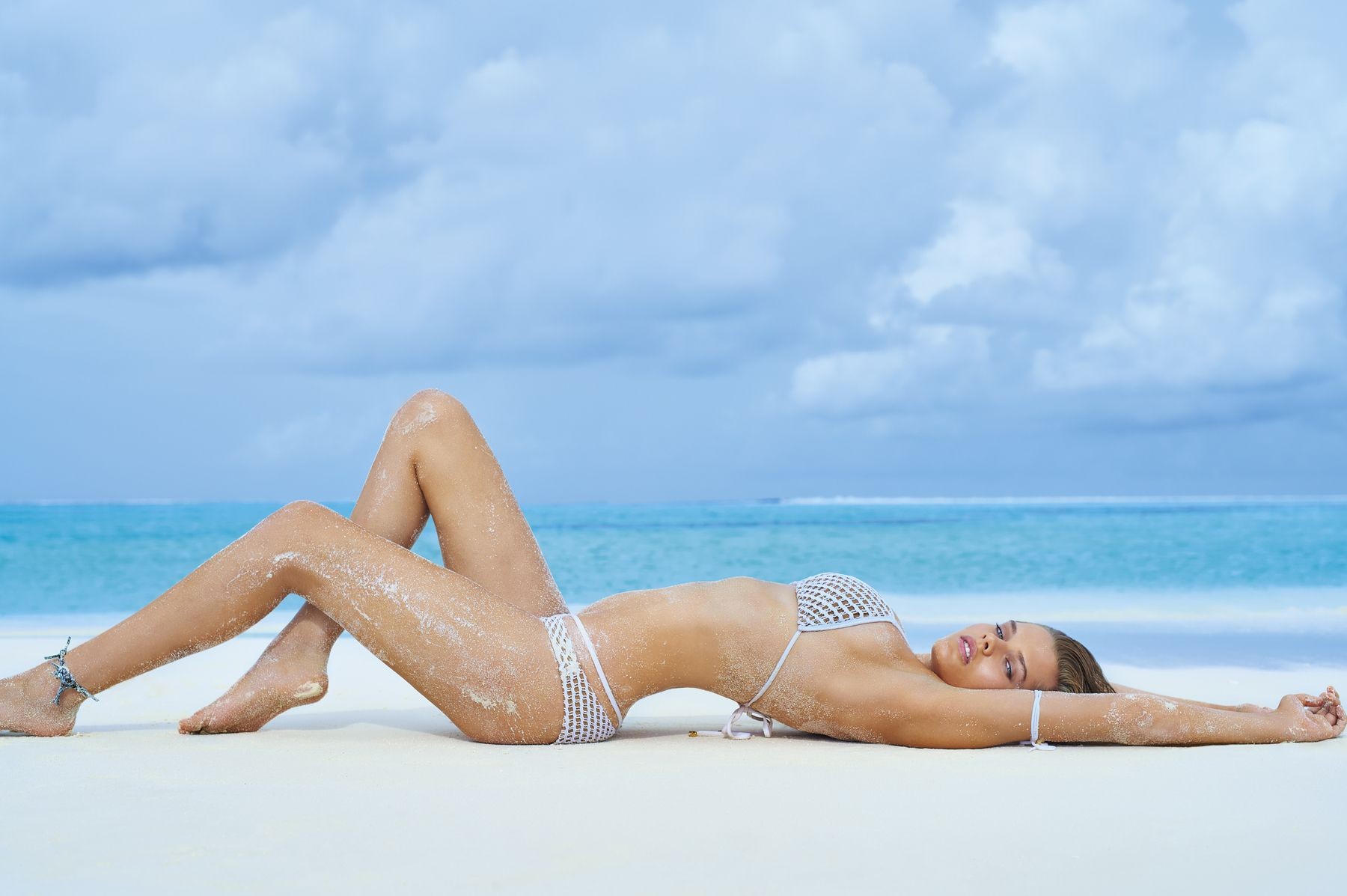 Solveig-Mork-Hansen-Sexy-Topless-2