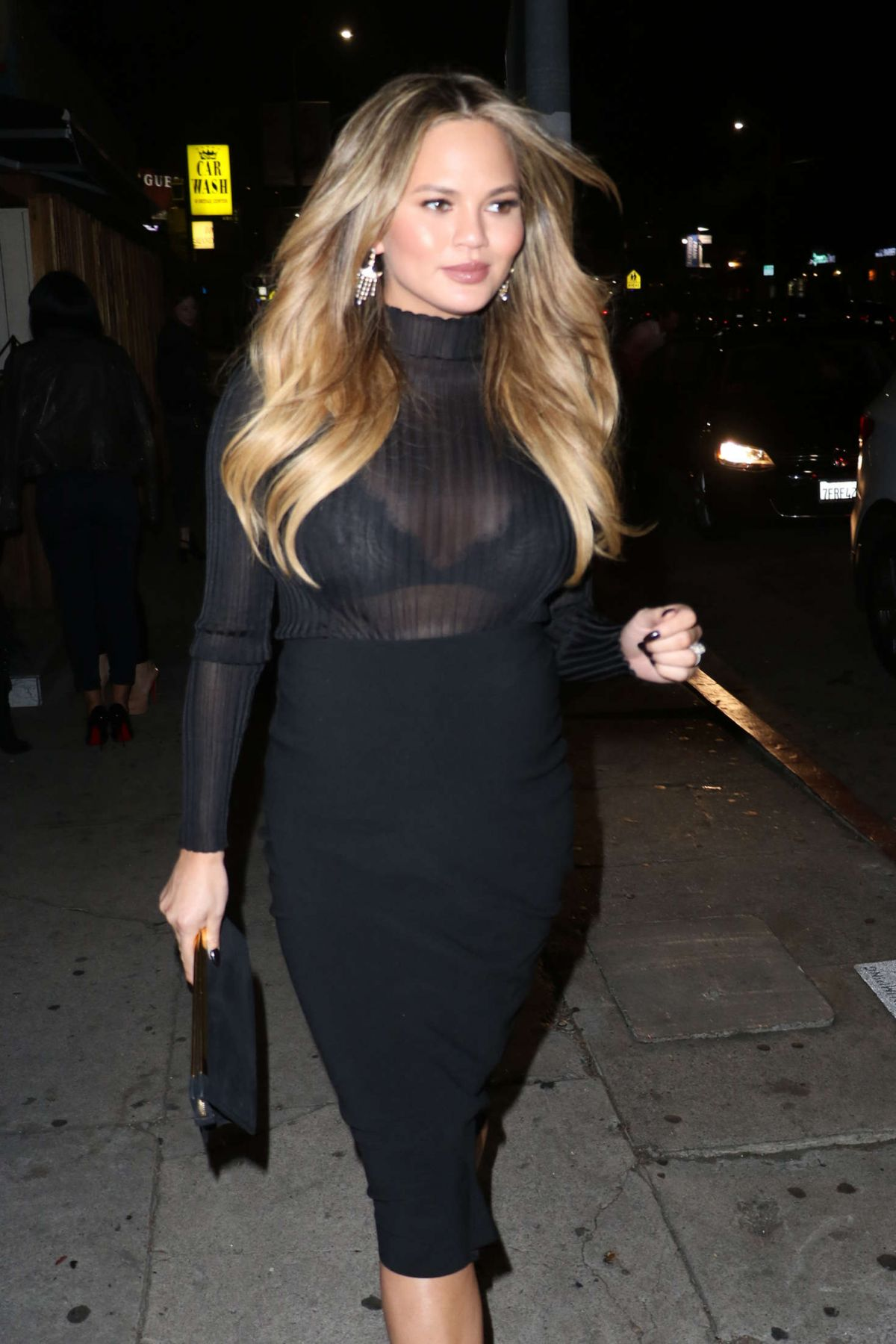 Chrissy-Teigen-See-Through-4