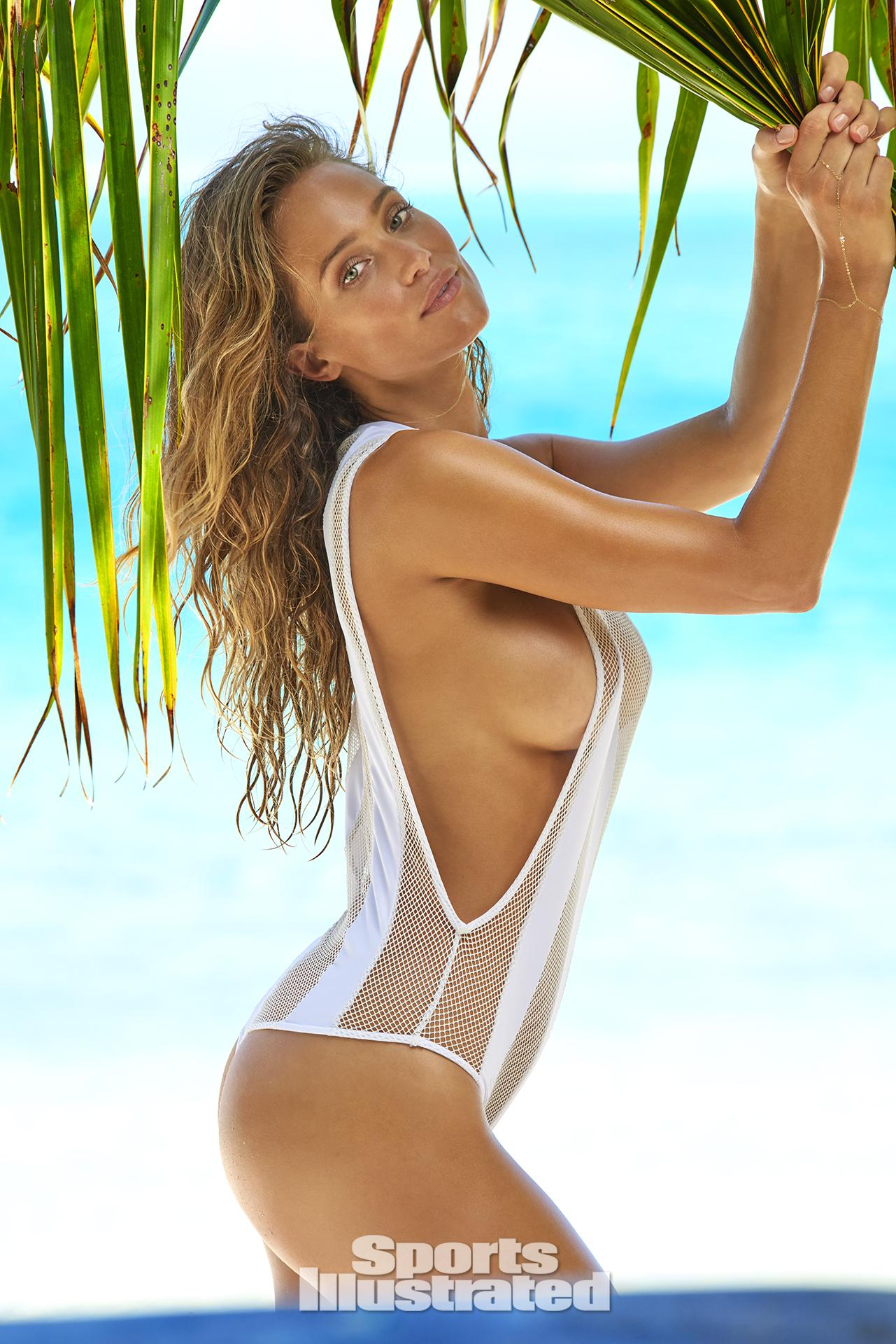 Hannah-Davis-Sexy-Topless-7