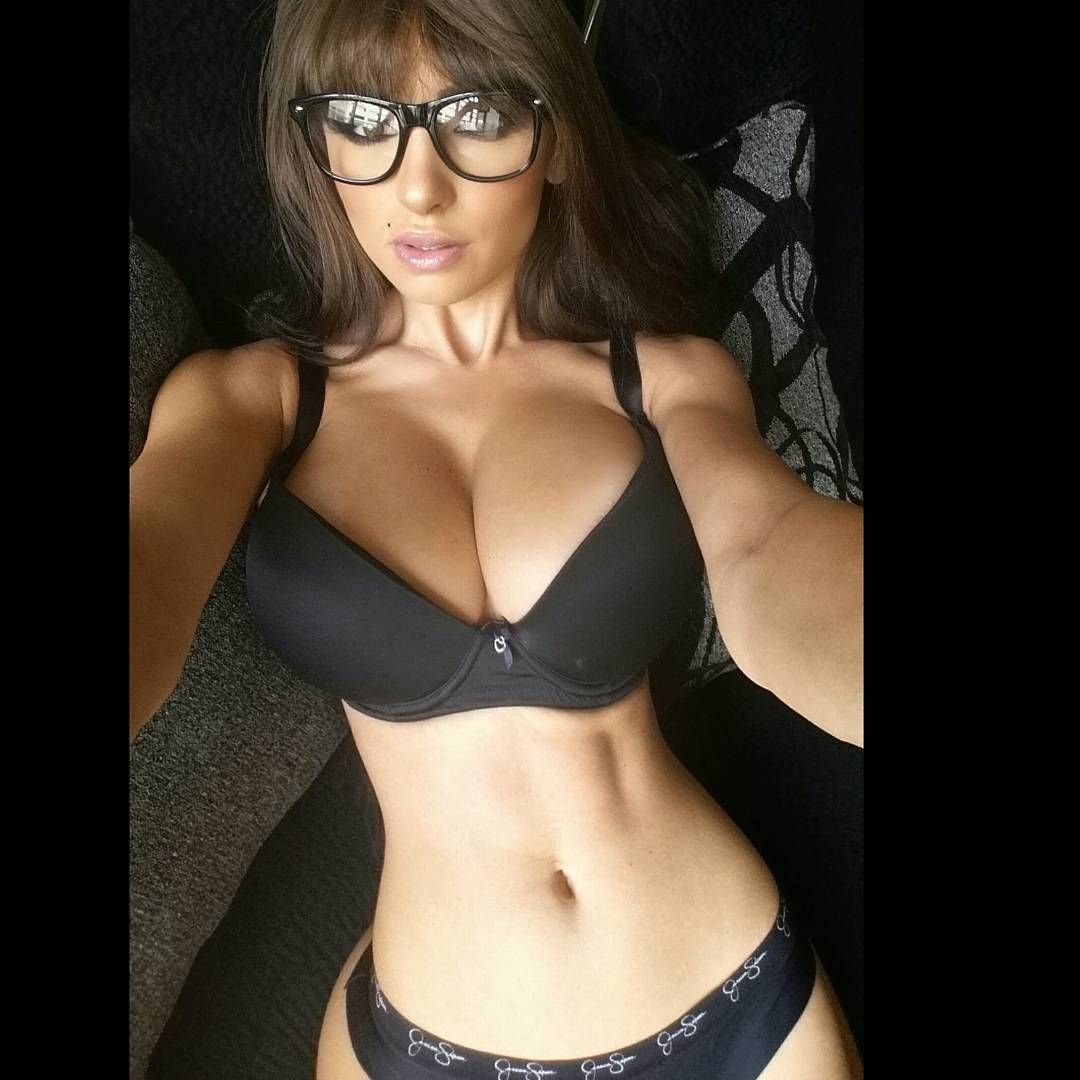 Iryna-Ivanova-Sexy-5