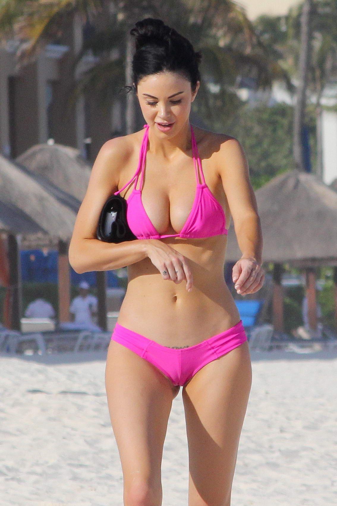 Jayde-Nicole-in-a-Bikini-1