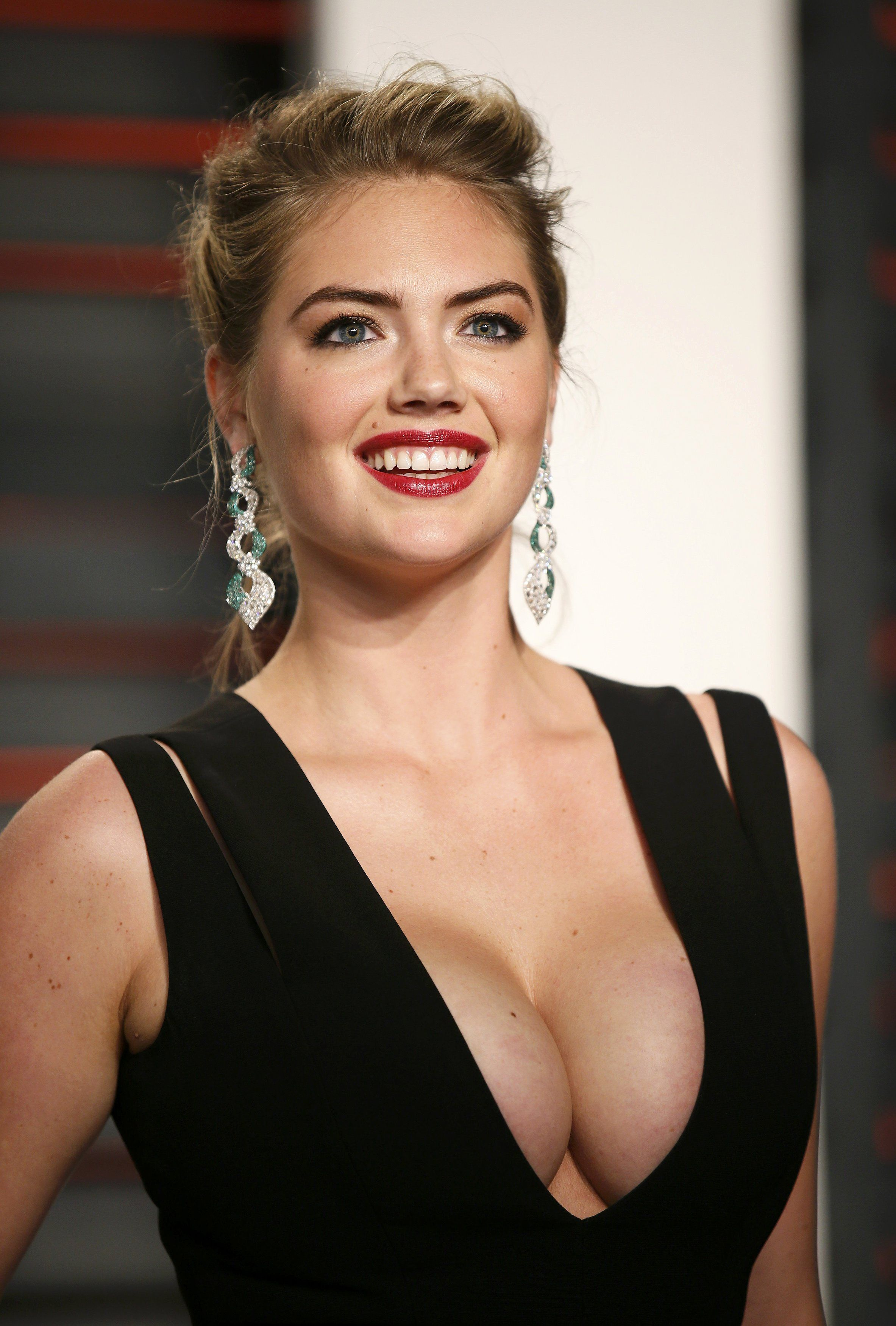 Kate-Upton-Cleavage2
