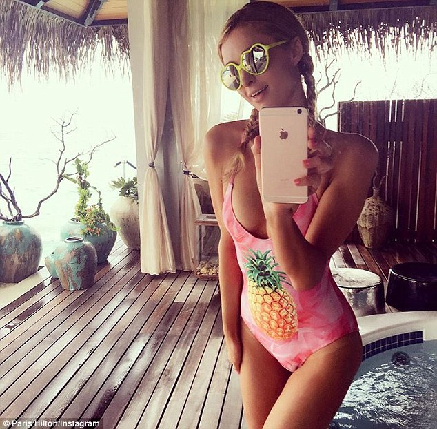 Paris-Hilton-Sexy1