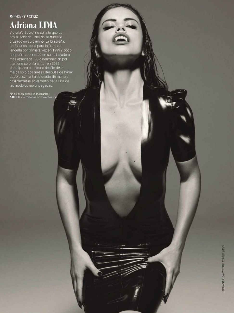 Adriana-Lima-Cleavage-2