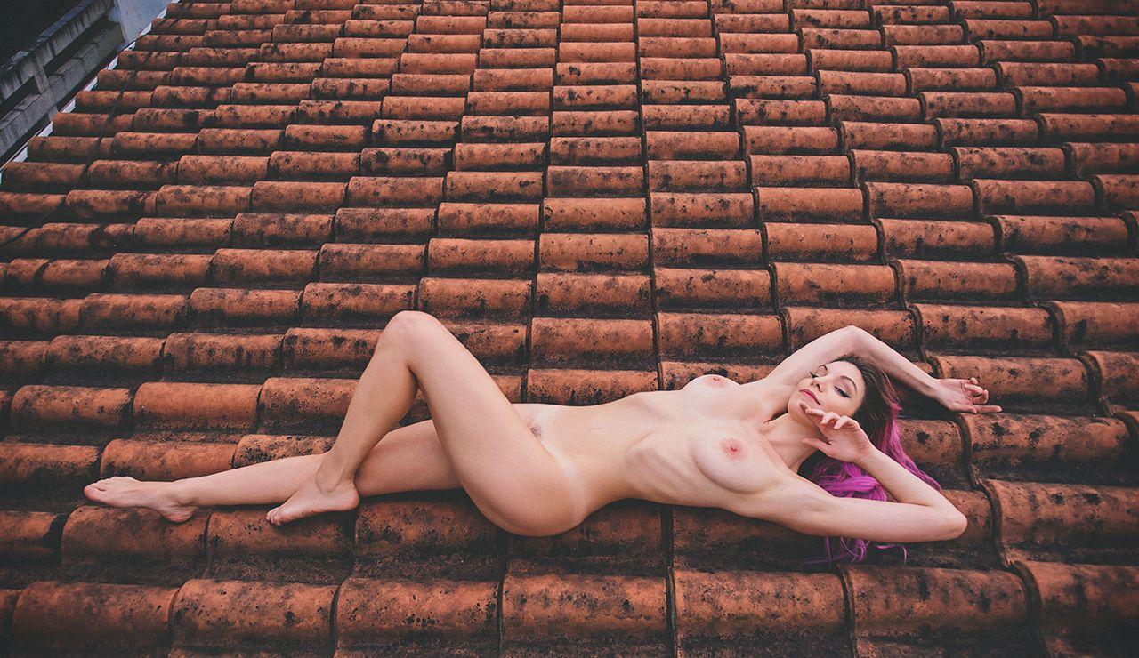 Mariana-de-Souza-Alves-Lima-MariMoon-Naked-3-1