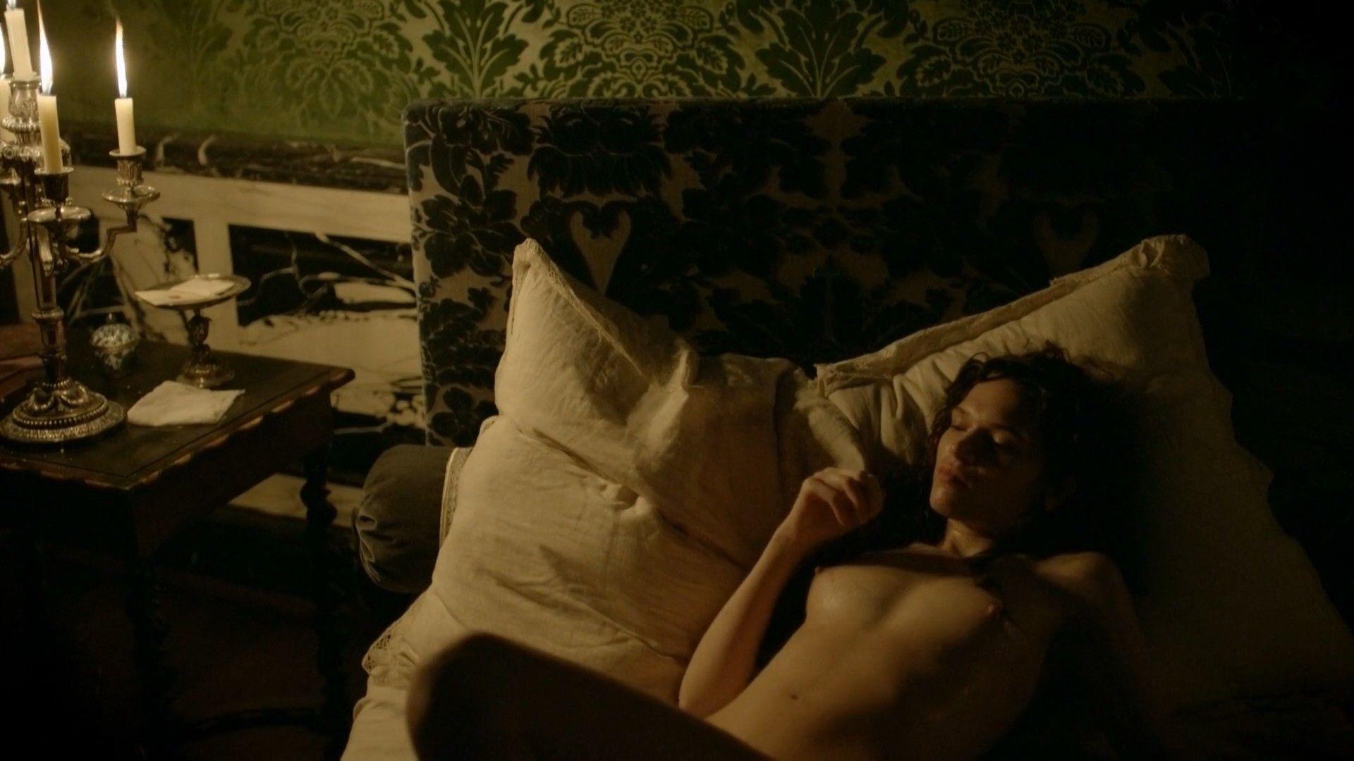 Anna-Brewster-Nude-6