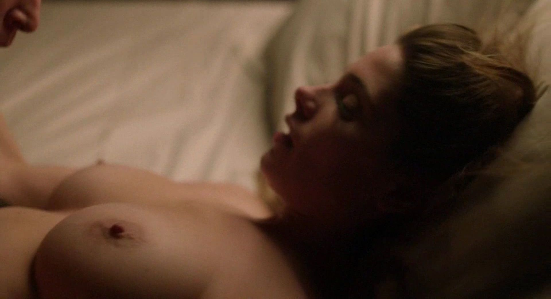 Ashley Greene Nude  (3)