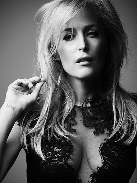 Gillian-Anderson-Sexy