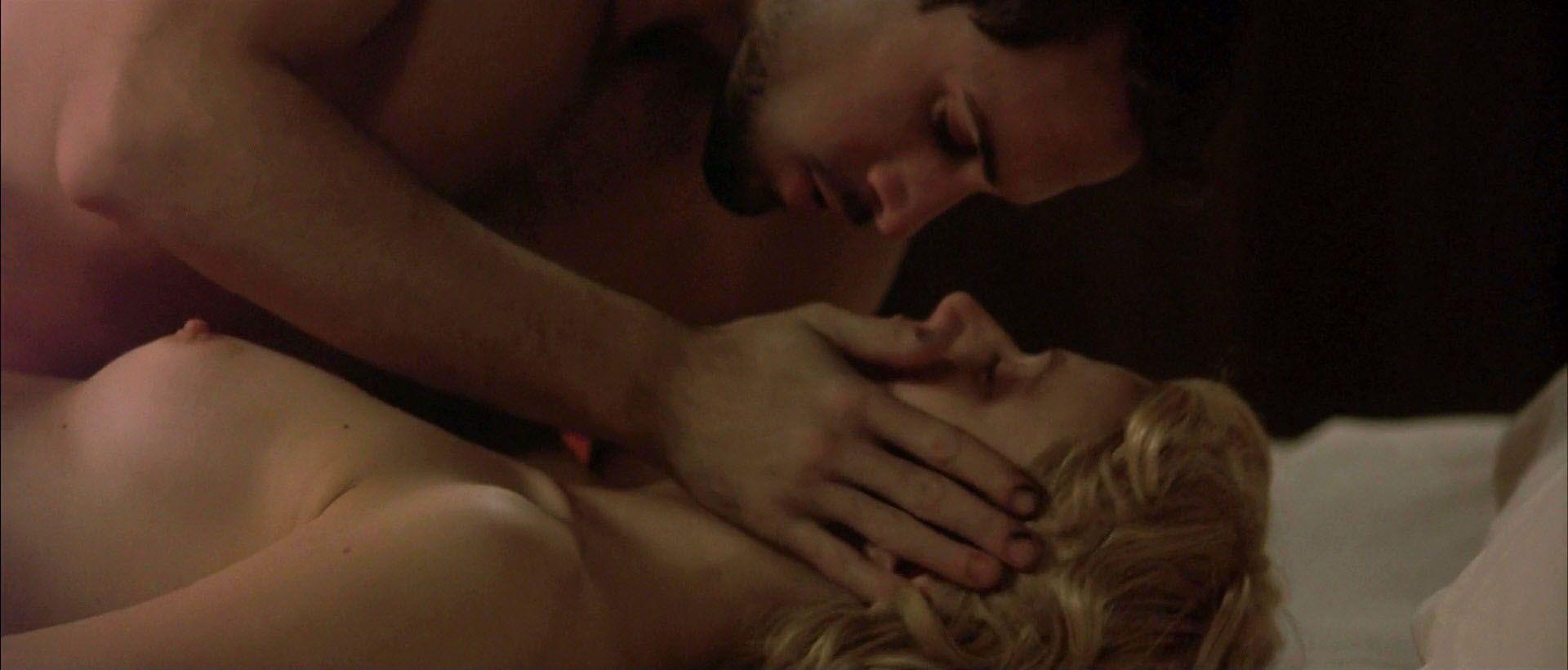 Gwyneth-Paltrow-Nude-1