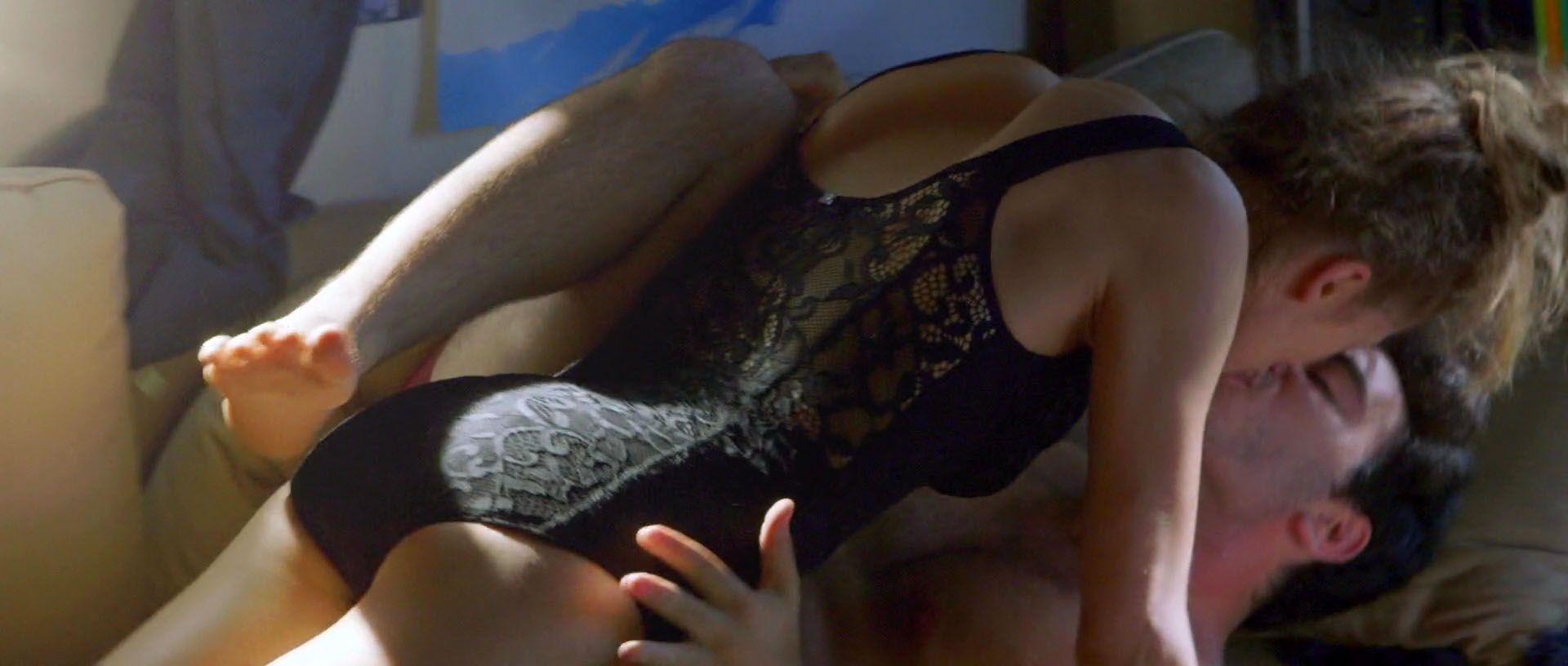 Lindsey-Shaw-Nude-3