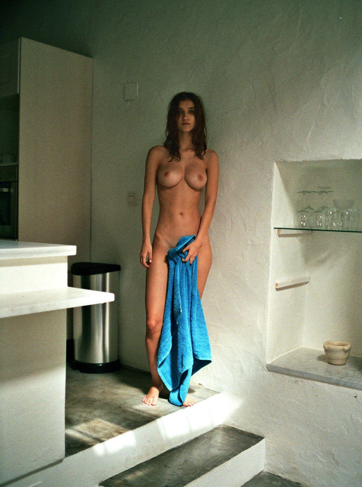 Paula-Bulczynska-Nude-6