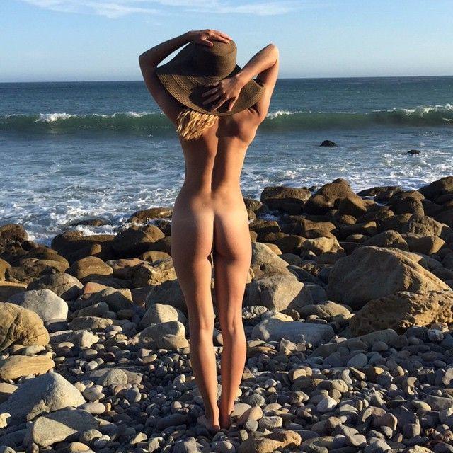 Kaili-Thorne-Nude-2 (1)