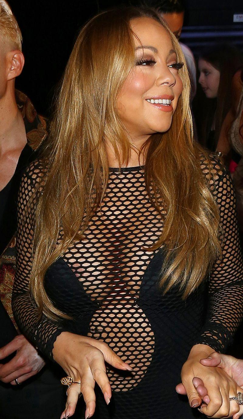 Mariah-Carey-Areola-Peek-25