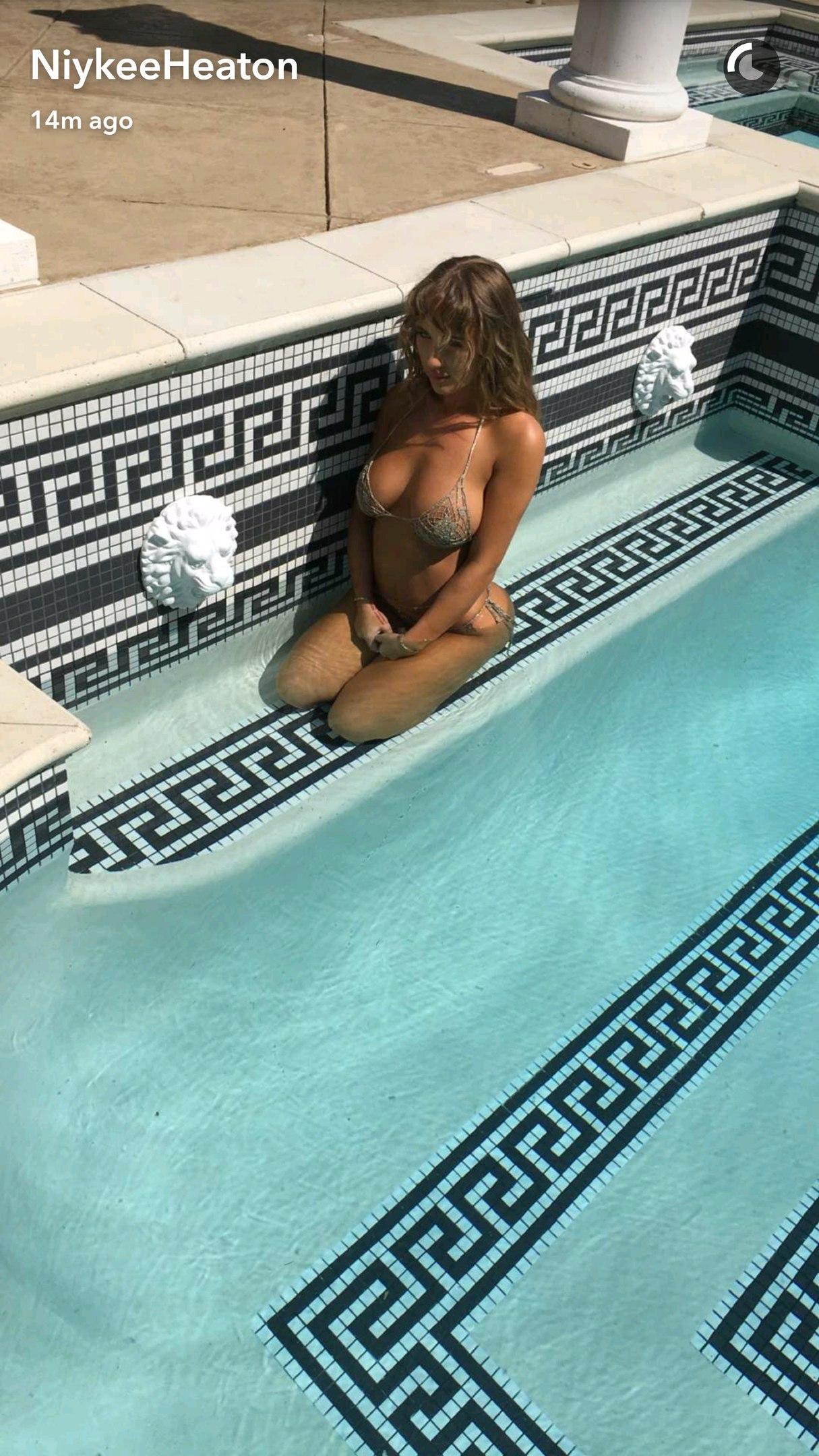 Niykee-Heaton-Sexy-3