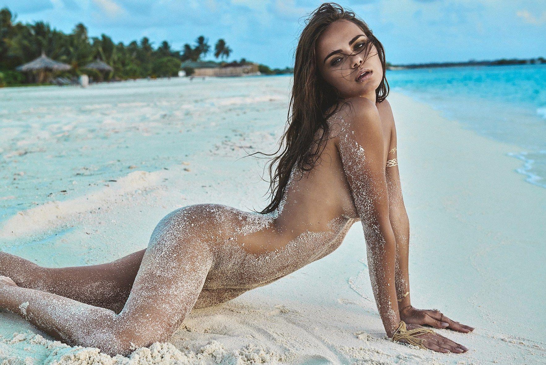Xenia-Deli-Nude-Topless-5 (1)