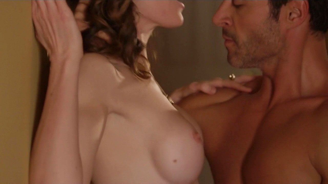 Ashlynn-Yennie-Nude-14