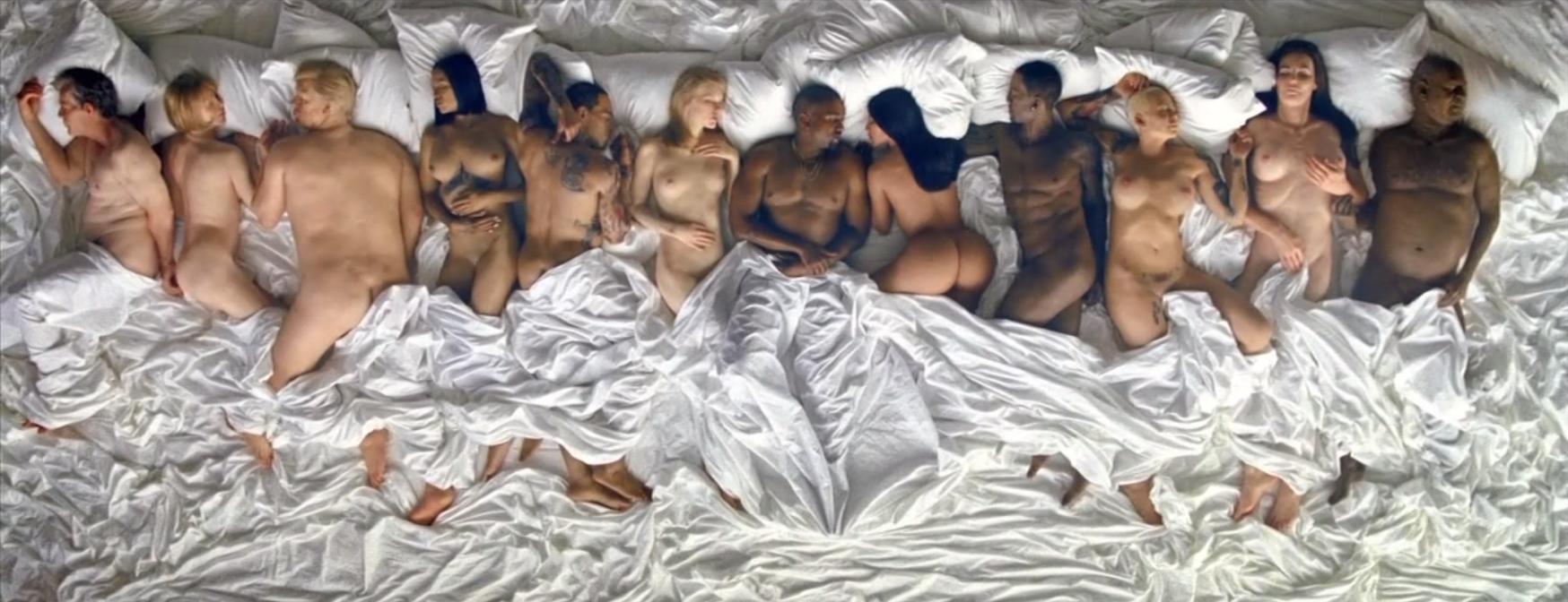 Kim-Kardashian-Ass-Rihanna-Tits