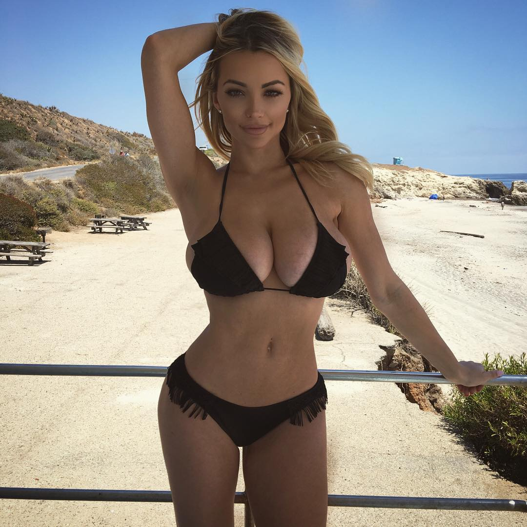 Lindsey-Pelas-Sexy-1 (4)