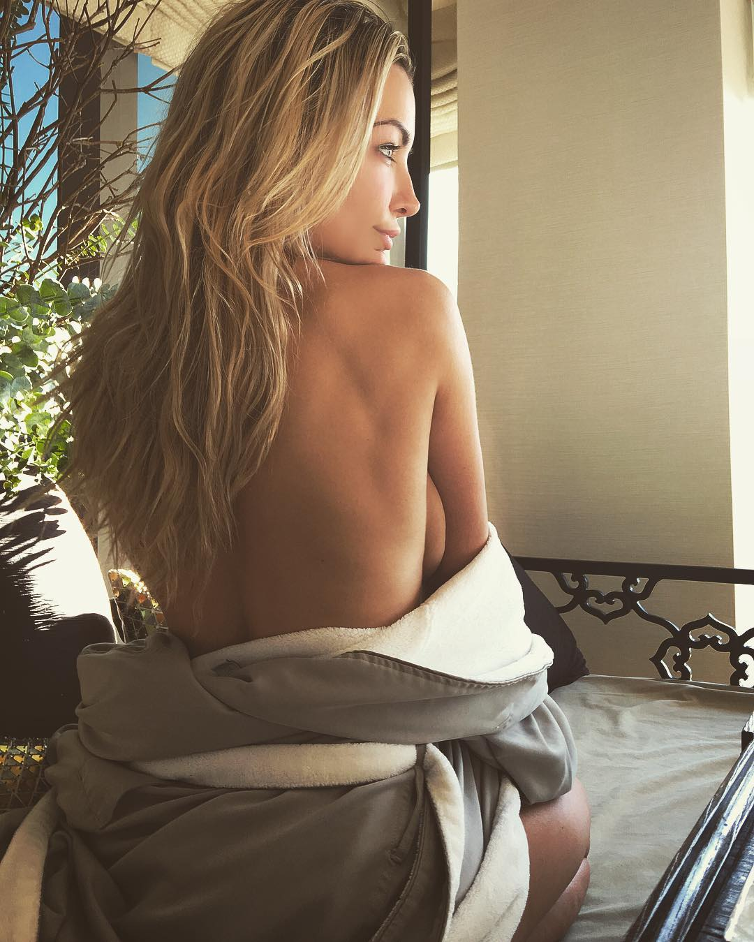 Lindsey-Pelas-Topless (1)