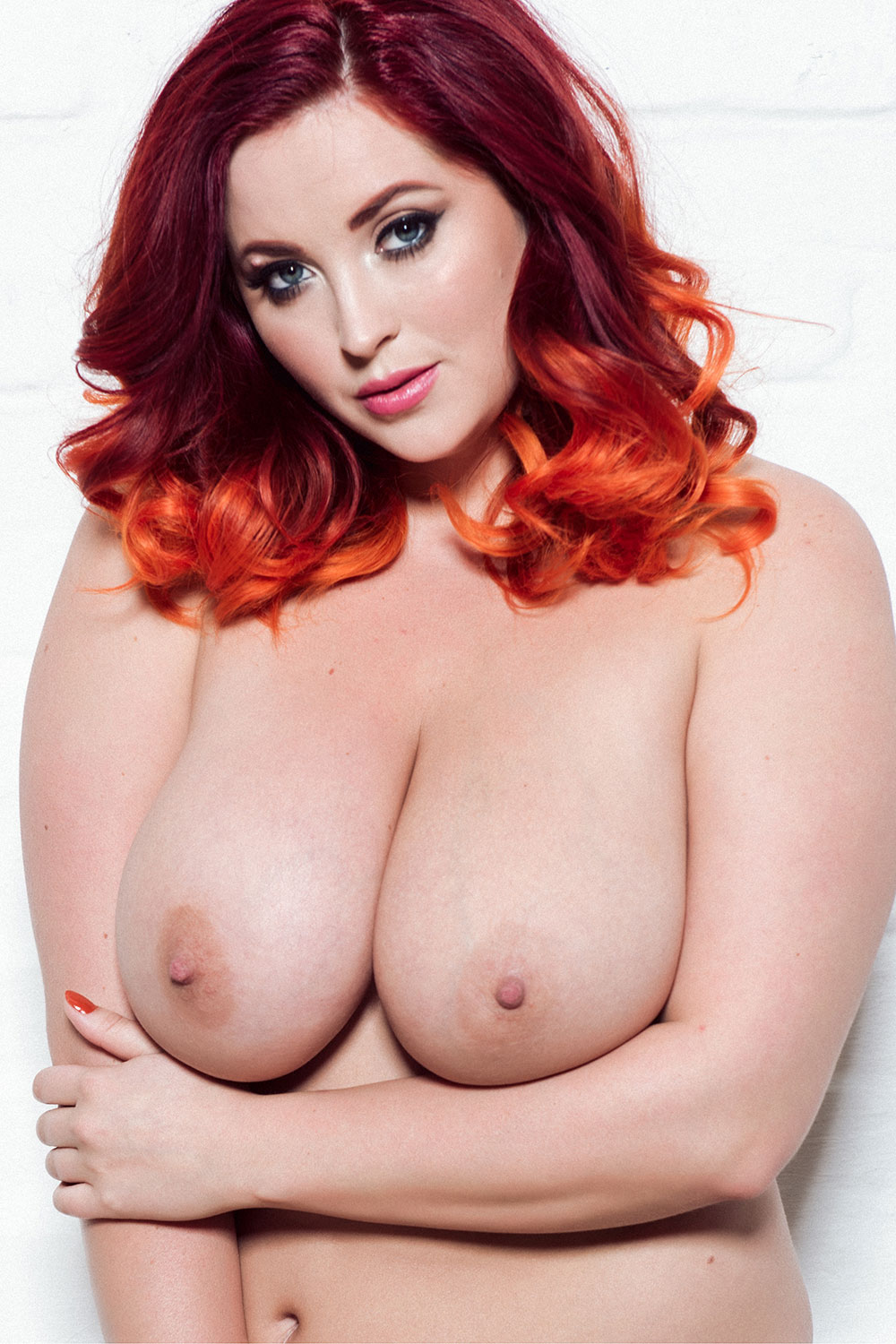 Lucy-Collett-Sexy-and-Topless-3