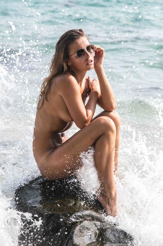 Marisa-Papen-Nude-4 (2)