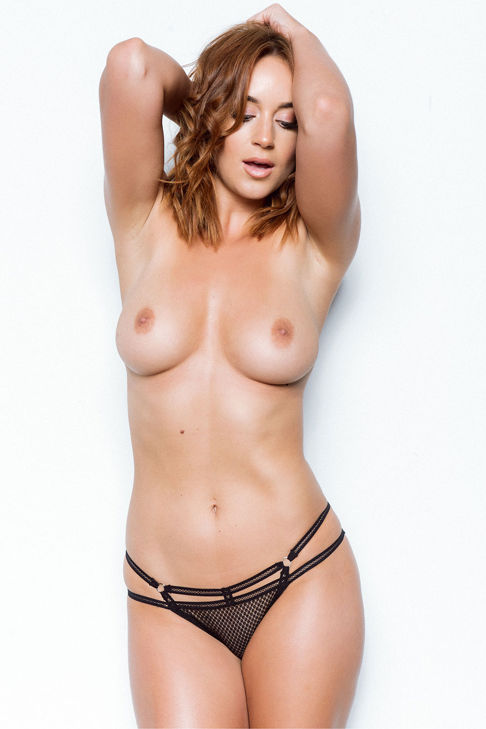 Rosie-Jones-Sexy-and-Topless-4 (1)