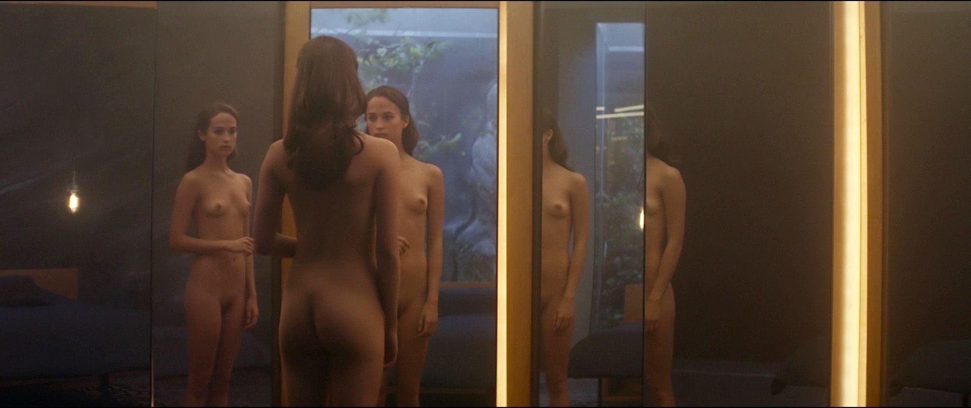 Alicia-Vikander-Nude-8