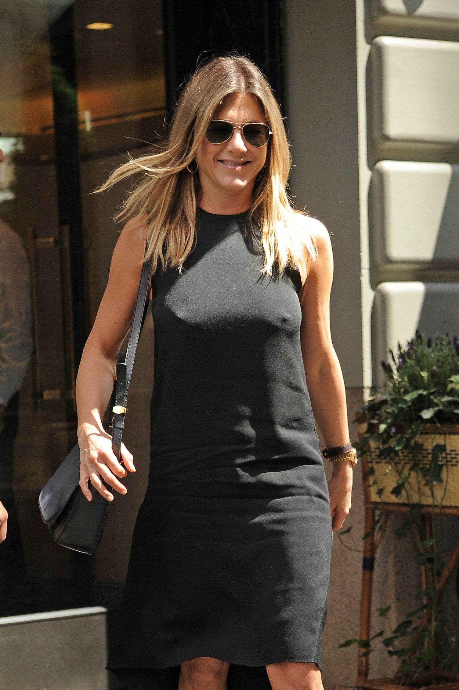 Jennifer-Aniston-Pokies-1